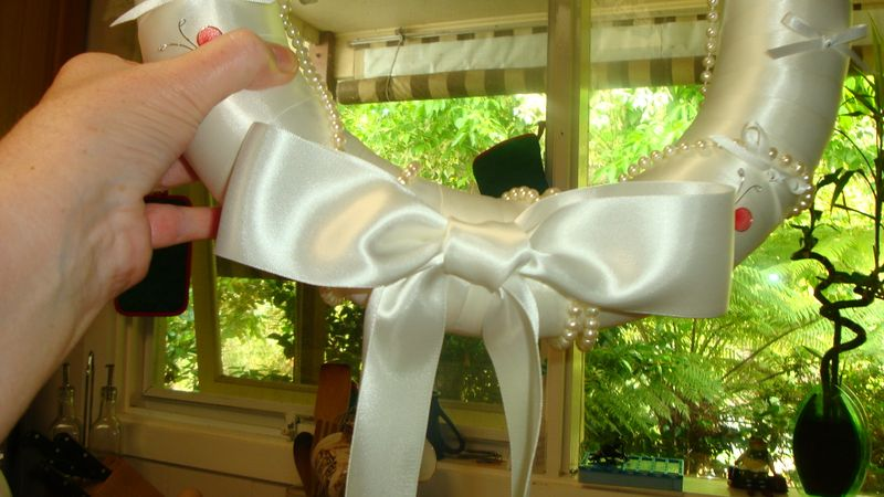 Close up of bow