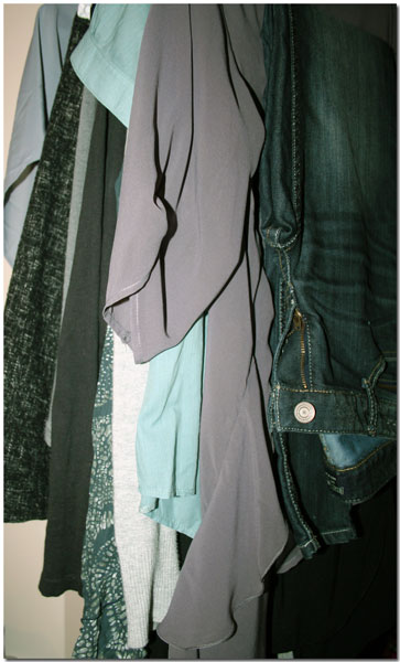 26 Janine Clothes