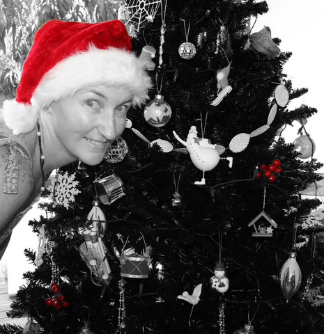 Xmas+photo+-+Lianne+b&w