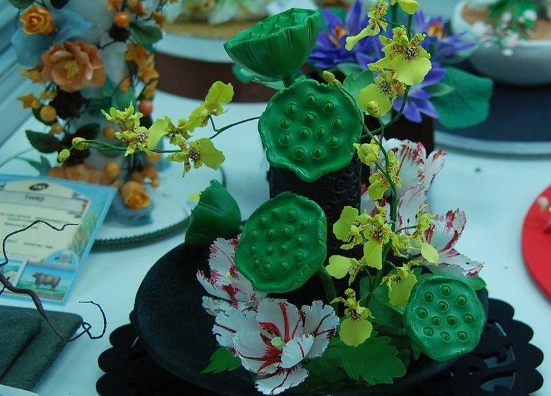 Cakes 2 lotus pods