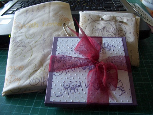Wrapping paper and card Beryl