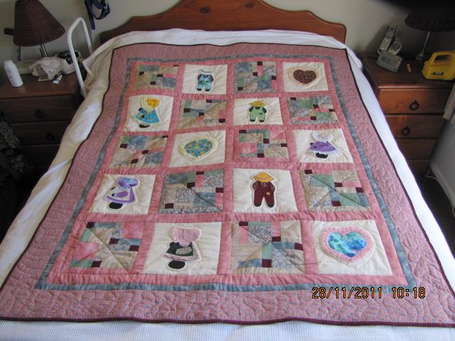 Beryl's Sue Bonnet Quilt