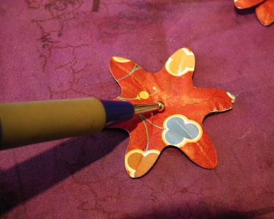 FlowerTut-shapeembossing