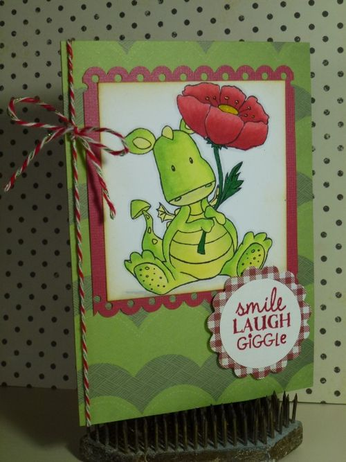 Poppy dragon card (Medium)