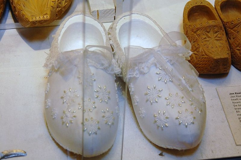 Wedding clogs
