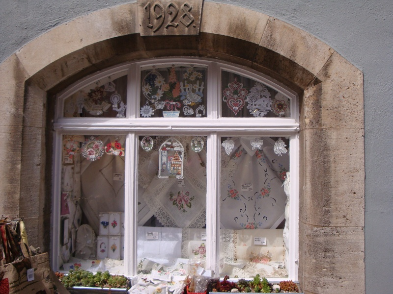 Lace shop Rothenburg (2)