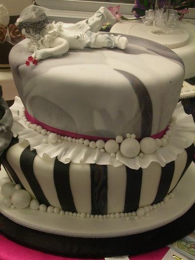 Cake_deco_border_punch